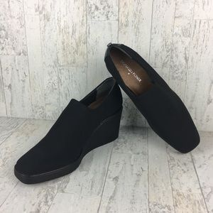 Donald J. Pliner Dayo Black Career Wedges Size 8